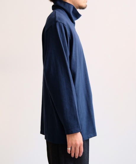 YOKOSAKMAOTO / HIGH NECK L/S T-SHIRT - NAVY