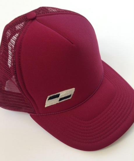 "TRUCKER mesh CAP  ""Classic Patch""  (Burgundy)"