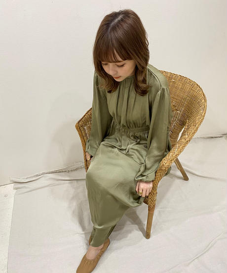 satin gather one-piece(khaki)