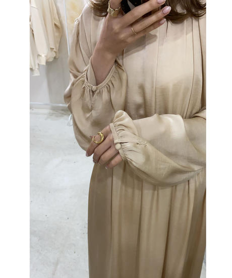 satin gather one-piece(beige)