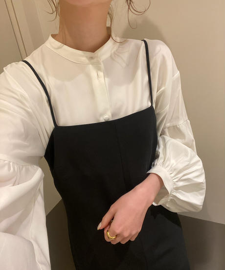 〈予約/4月中旬〉volume sleeve blouse