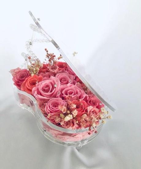 【プリザーブドフラワー/グランドピアノシリーズ】優しいエレガントなピンクの薔薇の愛