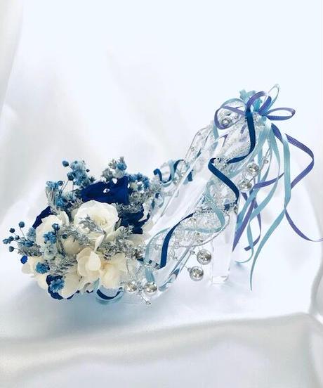 【プリザーブドフラワー/ガラスの靴シリーズ】ガラスの靴アレンジ 雪の女王/フラワーケース付き(通常サイズ)