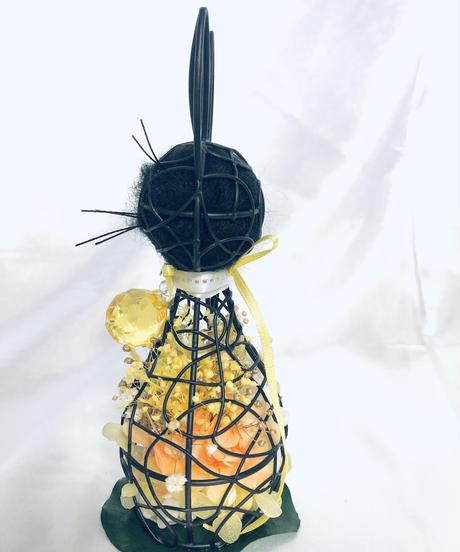 【プリザーブドフラワー黒猫フラワー 星の光ライト君】保護猫応援アレンジ