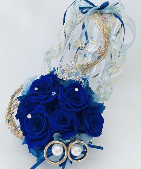 【プリザーブドフラワー/青い薔薇のプリンセスのティアラのガラスの靴/リングピロー使用もOK】【リボンラッピング付き】