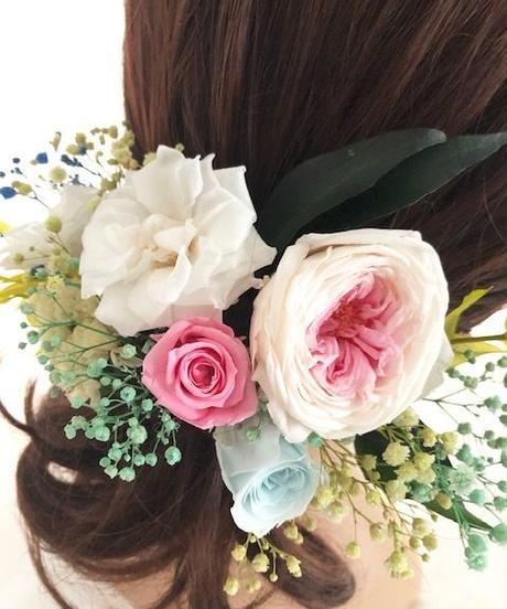 【ヘッドドレス/髪飾りプリザーブドフラワー/ウェディング・前撮り和装】薔薇とカスミ草とグリーン