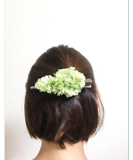 【プリザーブドフラワー/ヘアアクセサリーシリーズ/本当の紫陽花の髪飾り】ときめきを抑えて、ちょっとクールに。淡いミントグリーンの髪飾り