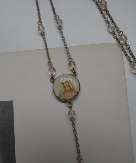 VTG medai with pink beads rosary