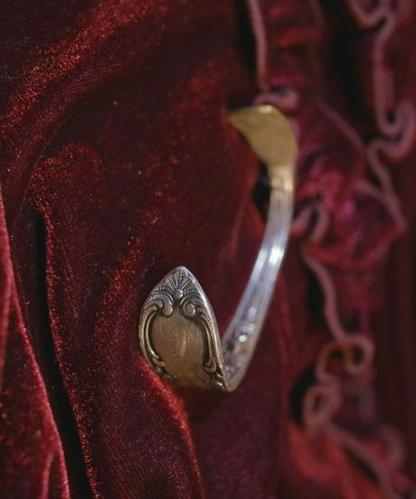 VTG silverplate cutlery bangle