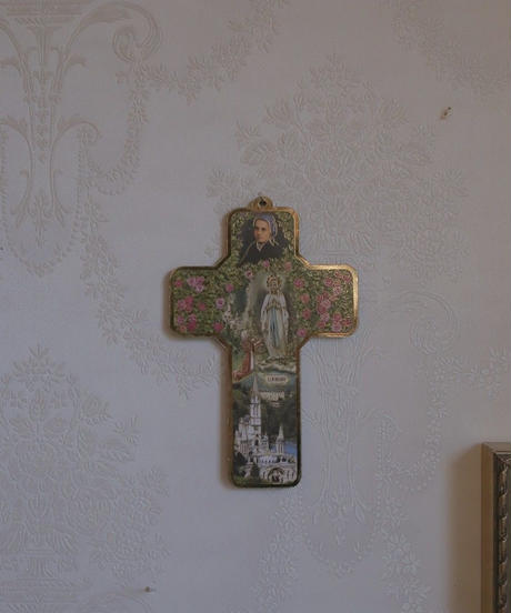 lourdes itallian wall cross