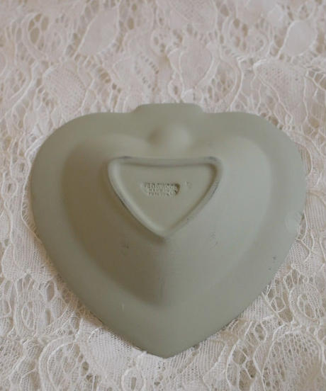 wedgwood jasper heart tray