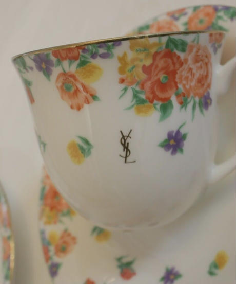 """yves saint laurent"" flower cup&s"