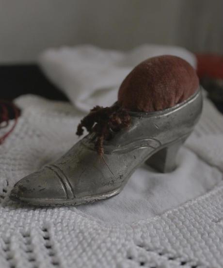 ATQ shoes motif  pin cushion