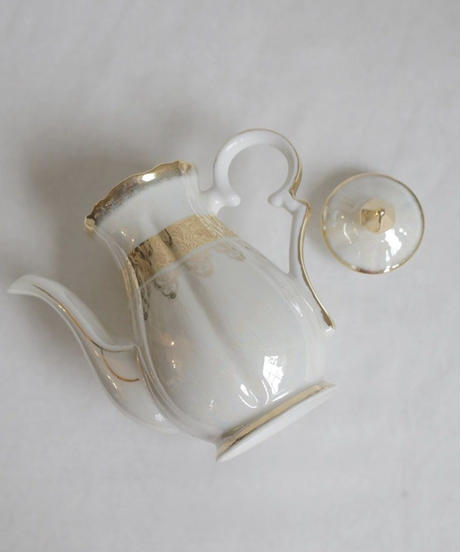VTG aurora gold decorated tea pot