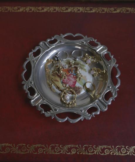 vintage metal lady tray Ⅳ