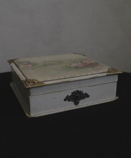 ATQ french wood box