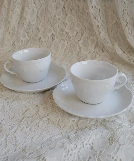 Italian flower motif cup&s