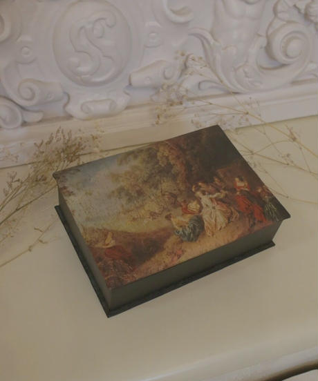 VTG noble rococo design accessory box