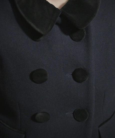 """VTG  """"PAUL&JOE""""  velvet collar coat"""