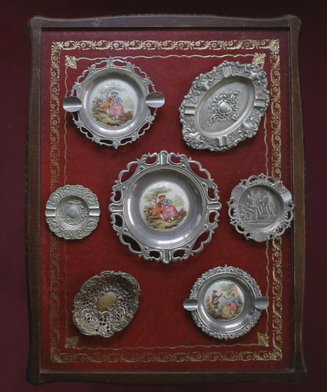 vintage metal lady tray Ⅵ