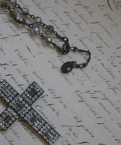"french vintage""une ligne""  swarovski pendant clear rosary"
