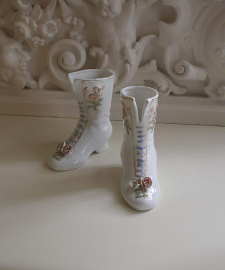 porcelain boots mini flower vase