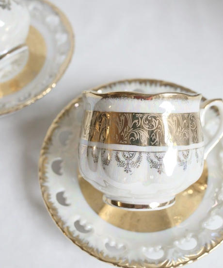 VTG aurora gold decorated cup&s
