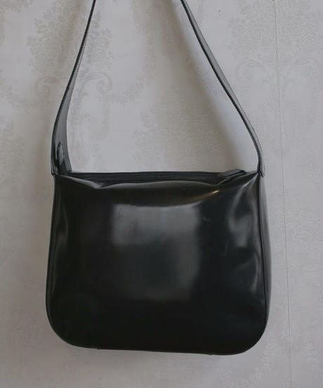 GUCCI patent leather bag
