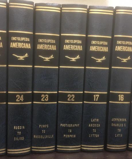 ENCYCLOPEDIA AMERICANA ⑩・⑯・⑰・㉒・㉓・㉔・㉚7冊セット