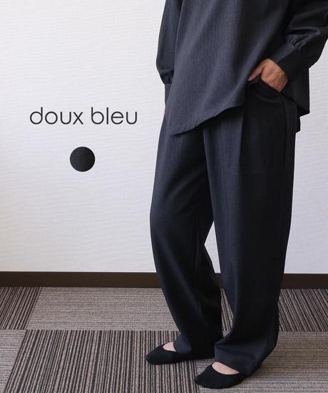 doux bleu/ ヘリンボンフロントタックパンツ
