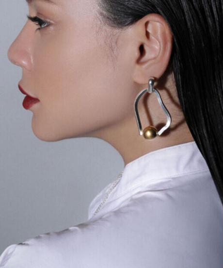 Sea'ds mara/シーズマーラ Meander symmetry pierce・earring