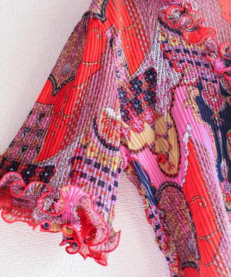 【tiny yearn】Art Pattern Pleats Sheer Blouse