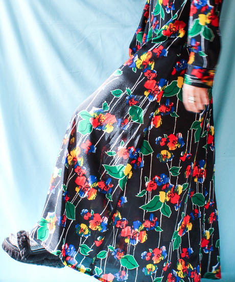 【tiny yearn】1970's Art Flower Maxi Dress
