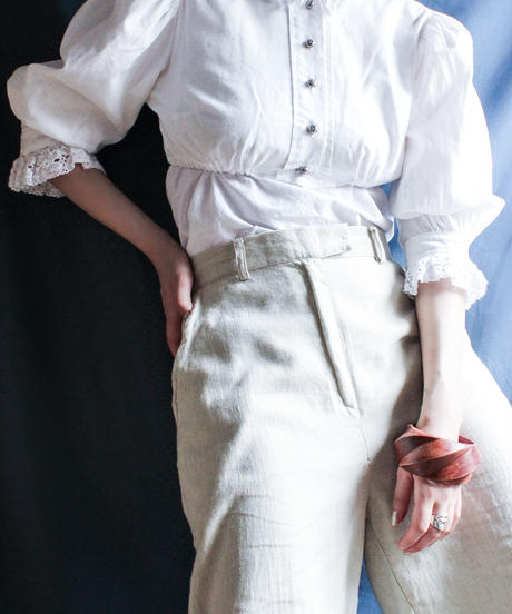 【Seek nur】Euro Balloon Sleeve White Blouse