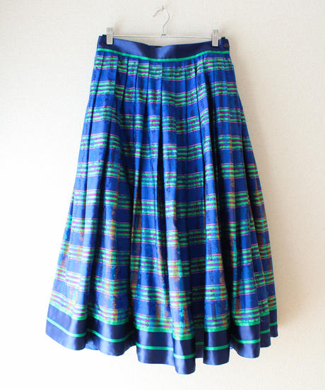 【tiny yearn】Euro Check Flare Skirt