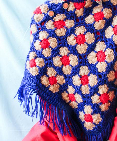 【tiny yearn】VTG Crochet Hand Knit Poncho