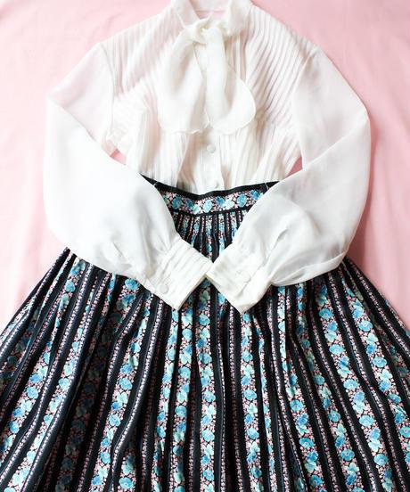 【tiny yearn】Euro Flower Stripe Long Skirt