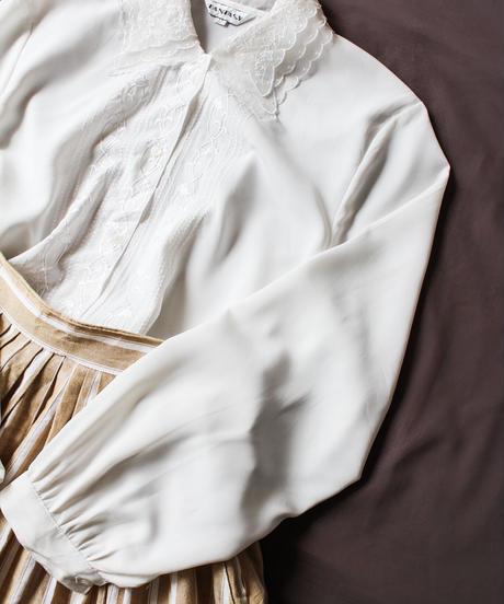 【Seek an nur】Euro Embroidery White Blouse