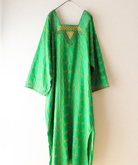 【tiny yearn】Embroidery Ethnic Caftan Dress