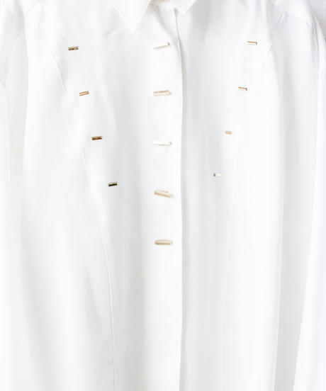 【Seek nur】Gold button White Over Blouse