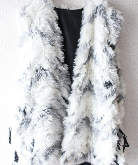 【tiny yearn】Euro White Chevron Faux Fur Long Vest