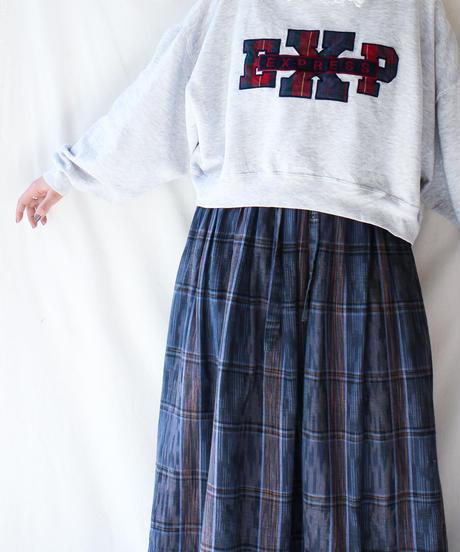【Seek nur】Check patch Short Over Sweatshirt