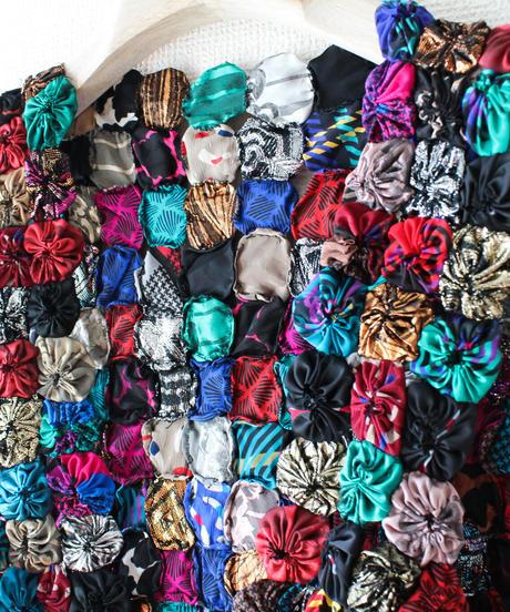 【tiny yearn】Vtg Handmade Yoyo Quilt Vest
