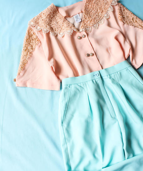【tiny yearn】France Lace Design Blouse
