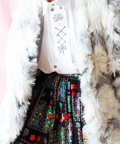 【tiny yearn】Euro Embroidery White Tyrol Blouse
