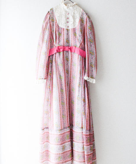 【tiny yearn】1970's Lace Flower Maxi Dress