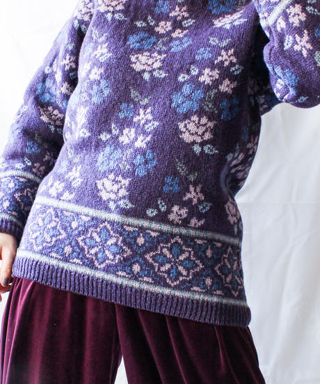 【Seek nur】Laura Ashley Jacquard Sweater