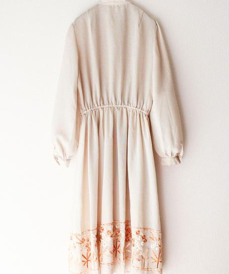 【Seek nur】Frill Design Embroidery Dress