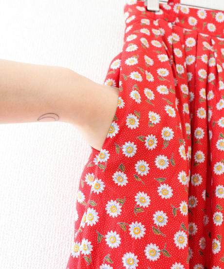 【tiny yearn】Euro Flower Lace Long Skirt