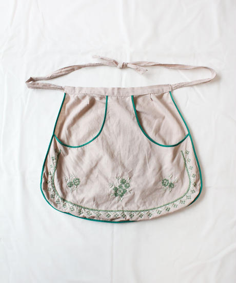 【Seek an nur】Euro Embroidery Waist Apron
